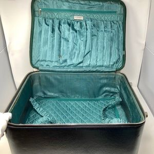 CHANEL Bags - Diamond Quilted Carry On Trolly Rolling Suitcase